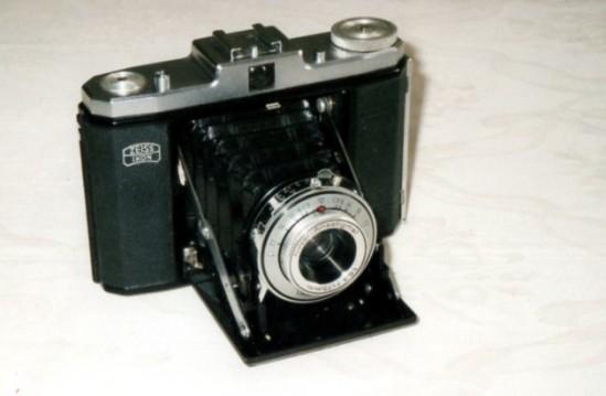 03 1951 Zeiss Ikon Nettar 6x6