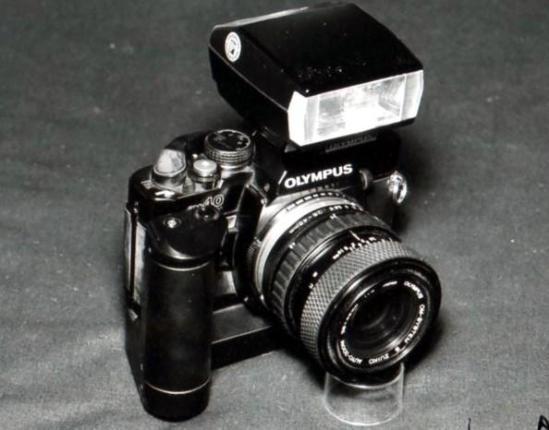 11b Olympus OM-10 - 1980