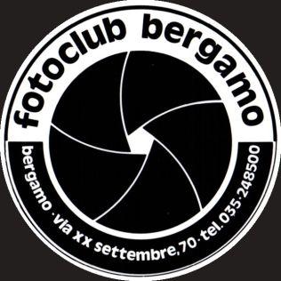 logo-sfondo-grigio